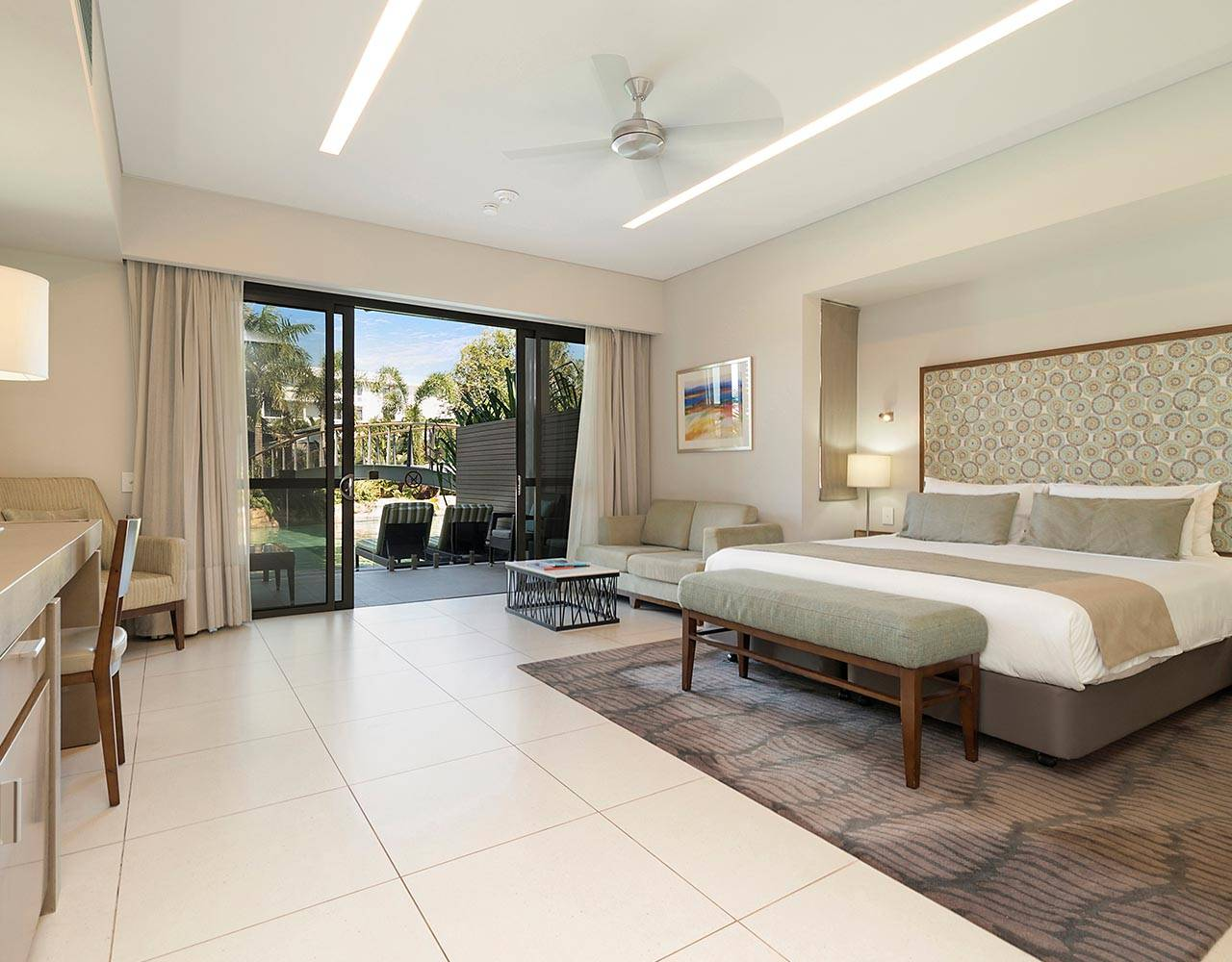 Superior Resort Room with 1 King bed | Hotel & Casino Resort | Darwin, Australia