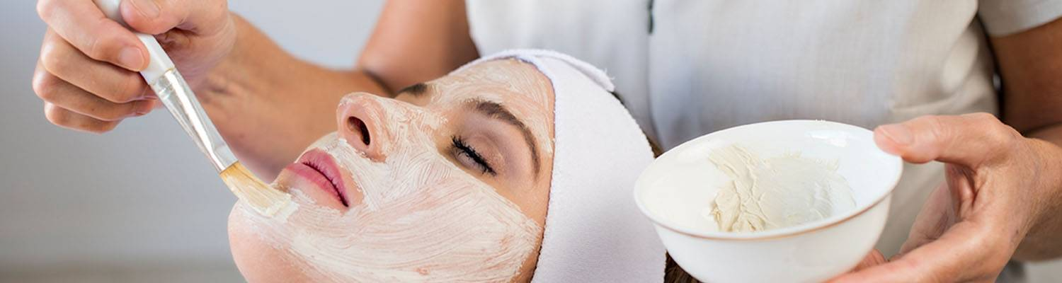 Woman getting facial | Lagoon Day Spa | Darwin, Australia